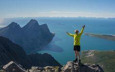 Steigen blir ofte omtalt som den «flotteste naturhemmeligheten i Nordland», med stor variasjon i naturtyper – spektakulære fjell, utsikt over fjord, hav og Lofotveggen, en enestående skjærgård med kritthvite sandstrender og azurgrønt vann og fagre innlandsområder med elvedrag, fiskevann og daler. Naturen gir fantastiske muligheter for aktiviteter som fiske, fjellturer, spektakulære traverser, barnevennlige avstikkere samt … Continue reading Steigen – naturhemmeligheten! → Tromso, Lofoten, Mount Everest, Mountains, Nature, Naturaleza, Nature Illustration, Outdoors, Bergen
