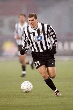 Zinedine Zidane (1996-2001)
