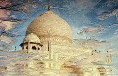 India. Agra. Taj Mahal reflection