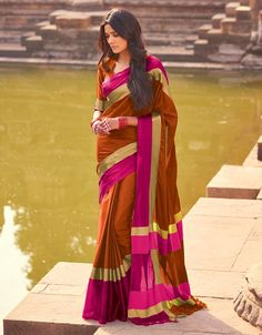 Time convenience: Not everyone has the time to go to physical stores to purchase their favorite sarees. Some people are preoccupied with work and online stores provide the perfect option for the purchase. Online shopping can be done anywhere at any time.