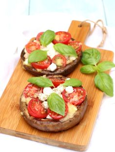 During my search for all delicious vegetarian recipes on the grill, . Go Veggie, Veggie Recipes, Vegetarian Recipes, Healthy Recipes, Grill Recipes, Healthy Habits, Portobello, Healthy Pizza, Happy Foods