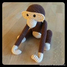 Kay Bojesen Abe - gratis step by step opskrift Monkey free pattern Crochet Monkey, Crochet Baby Toys, Diy Crochet And Knitting, Crochet Art, Crochet Animals, Crochet For Kids, Crochet Dolls, Free Crochet, Crochet Stitches