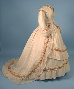 Wedding dress, ca 1860