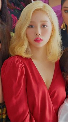 Kpop Girl Groups, Korean Girl Groups, Kpop Girls, Jang Yeeun, Yellow Hair, Clc, South Korean Girls, Girl Pictures, My Girl