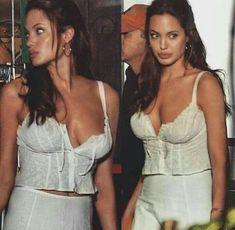 Angelina Jolie Girl Crushes Angelina Jolie Jolie Pitt Woman Crush Hollywood Stars