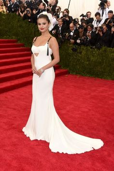 Selena Gomez in Vera Wang (Photo Getty Images) // 50+ Pics of the Stars on the Met Gala 2015 Red Carpet http://www.flare.com/fashion/50-pics-of-the-stars-on-the-met-gala-2015-red-carpet/