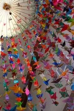 Origami crane mobile bee crafts Ideas for 2019 1000 Paper Cranes, 1000 Cranes, Origami And Kirigami, Origami Art, Origami Cranes, Origami Garland, Hanging Origami, Origami Birds, Easy Origami