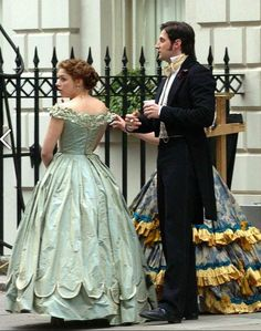 Richard Armitage and Daniella Denby-Ashe on the set of North & South ... this is cute ...