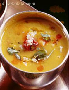 Gujarati Dal ( Gujarati Recipe) recipe | Gujrati Recipes | by Tarla Dalal | Tarladalal.com | #612