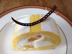 マンゴーフルーツのロールケーキ Mango Roll Cake