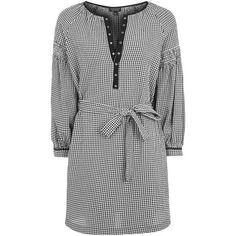 Topshop Gingham Smock Dress ($60) ❤ liked on Polyvore featuring dresses, smocked dresses, gingham dress, tie waist dress, eyelet dress and smock dress