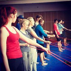 Resistence bands in secondary school. You can buy on www.BonnyFit.com, http://www.amazon.com/dp/B0189GV8UM #muscle #peclass #fitness #exercise #resistancebands #exercisebands #girls #boys #teacher #fitforlife #youcandoit #pullupassistband #workout #fitbonny #bonnyfit