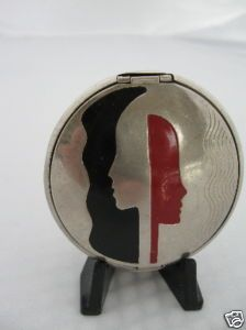 """Vintage HUDNUT """"Deauville"""" Vanity Compact Face Profile"""