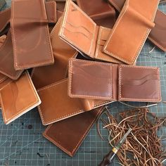 Today's a busy one in the shop a bunch of wallet options have been restock and ready to ship. Have a great weekend! #HappyFriday #Thirteen50Leather #MadeInAmerica #NothingButTheBest