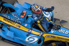 ルノー、2017年F1マシンはブルーのカラーリングを採用?  [F1 / Formula 1]