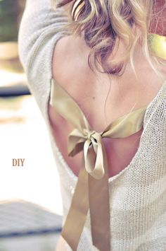 DIY Bow Sweater (In The Back) | Love Maegan This is like the mullet of sweaters - party in the back, business at the front! Its really sweet and pretty, perfect for wearing on those weird days where its not quite warm, not quite hot.