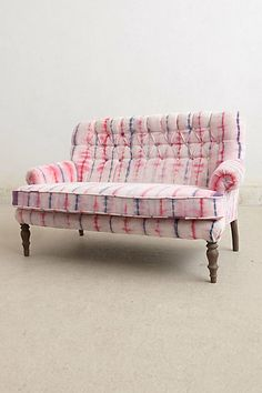 Hand-Dyed Velvet Settee (i love you, anthropologie. Funky Furniture, Unique Furniture, Home Furniture, Furniture Design, Take A Seat, Love Seat, Up House, Farm House, Dream Decor