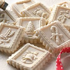 A traditional German Christmas cookie, very hard in texture and often flavored with anise or lemon.