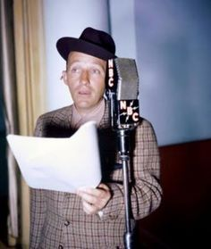 A stunning approx) photo poster of Bing Crosby. Golden Age Of Hollywood, Vintage Hollywood, Classic Hollywood, Ambassador Hotel, Old Time Radio, Bob Hope, Bing Crosby, Old Movie Stars, Jazz Blues