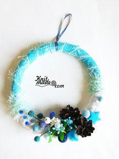 My florist work - New Year's blue and white wreath from yarn and textiles #knitmade #knitmadeflowers #knitmadenews #wreath #newyear #christmas
