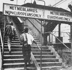 Stairs during the era of apartheid in South Africa. Black History Facts, Black History Month, South American History, By Any Means Necessary, African American History, Nelson Mandela, World History, Black People, Historical Photos