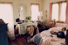 Penteadeira: no quarto ou em outro quarto?