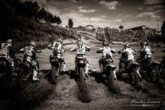 Photographie : Stanley Leroux expose le GP Motocross - Moto Magazine - leader de l'actualité de la moto et du motard