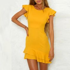 Casual Dresses - - Round Neck Flounce Plain Short Sleeve Casual Dresses Source by Daleelove Yellow Dress Casual, Yellow Wedding Dress, Yellow Maxi Dress, Maxi Dress Wedding, Fit And Flare Wedding Dress, Floral Print Maxi Dress, Dresses Elegant, Sexy Dresses, Casual Dresses