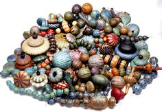 As ofJanuary 31st 2013the Colorado Trade Bead Permanent Collection looks like this