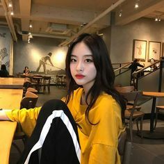 Korean Fashion Trends you can Steal – Designer Fashion Tips Korean Aesthetic, Aesthetic Girl, Ulzzang Fashion, K Fashion, Ulzzang Korean Girl, Ulzzang Style, Uzzlang Girl, Korean Fashion Trends, Pretty Asian