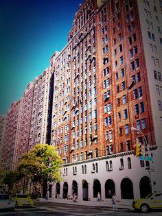 #LondonTerrace #Chelsea, NYC #PreWarArchitecture