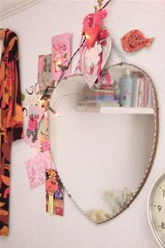 Heart mirror - you can only see a reflection of true love when you look into it.