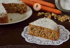 La torta integrale di carote e noci è un dolce goloso e leggero,realizzato senza burro,senza zucchero nell'impasto,senza uova e con farina integrale.
