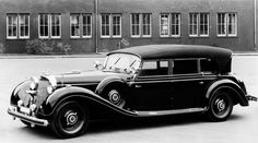 A 1930 Mercedes-Benz 770 state limousine of the Nazi era. It is arguably best known for use by Adolf Hitler, Hermann Göring, and Reinhard Heydrich as a staff car. Mercedes Benz Autos, Mercedes Benz S, Fiat 500, Mercedes Classic Cars, Vintage Cars, Antique Cars, Vintage Items, Automobile, Daimler Benz