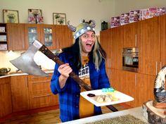 Nejchutnější Švédské masové kuličky recept, ala IKEA, lehké a lahodné re... Mozzarella, Dishes, Youtube, Food, Meat, Plate, Essen, Utensils, Youtubers