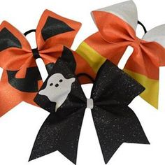hipgirlclipsCheer bow of the day. By@sparkle_bows Tag #cheerbowoftheday to be…