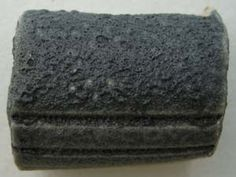 Engobe (glaçure) à effets GT-T1-11 c6 ox. EPK 15% Silice 15% Gersley Borate 25% Dark Bell 18,75% Néphéline syénite 1,25% Carbure de silicium 25%