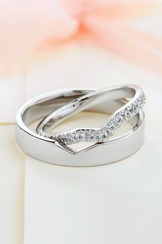 Beautiful matching wedding bands with diamonds in her ring. Unique wedding bands - Beautiful matching wedding bands with diamonds in her ring. Wedding Rings Sets His And Hers, His And Hers Rings, Wedding Ring Sets Unique, Matching Wedding Rings, Wedding Matches, Unique Rings, Matching Rings, Matching Promise Rings, Promise Rings For Couples