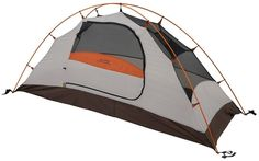 Alps Mountaineering Lynx 1 Person Backpacking Tent - The Lynx 1 is loaded with features and is great for your solo getaway. With the freestanding design and pole clips that quickly attach to the aluminum poles, it sets up easily. Best Backpacking Tent, Hiking Tent, Camping Cot, Best Tents For Camping, Family Camping, Camping Gear, Camping Hacks, Outdoor Camping, Outdoor Gear