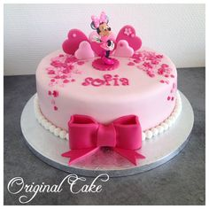 New happy birthday kids cake 23 Ideas Happy Birthday Cake Girl, Minnie Mouse Birthday Cakes, Baby Birthday Cakes, Bolo Minnie, Minnie Mouse Cake, Fun Cupcakes, Cupcake Cakes, Fondant Cakes, Bolo Original