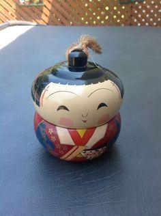 Vintage Japan Aizu Lacquer Kokeshi Geisha Doll Stacking Box Red Black Gold Nice