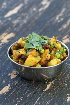 Vegan Richa: Dhania Waale Aloo Mattar - Potatoes and Peas stir fry with crisp Cilantro. Vegan Glutenfree Recipe