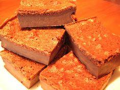 Kulinarne życie: Magiczne ciasto czekoladowe Cornbread, Ethnic Recipes, Food, Millet Bread, Essen, Meals, Yemek, Corn Bread, Eten