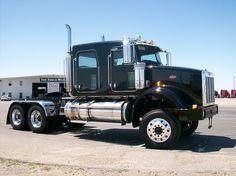 Custom Four Door Peterbilt 367 Big Rig Trucks, New Trucks, Cool Trucks, Pickup Trucks, Dump Trucks, Peterbilt 379, Peterbilt Trucks, Truck Driving Jobs, Model Truck Kits