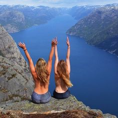 Pulpit Rock Norway, Bottomless Girls, Running Inspiration, Summer Pictures, Beach Photos, How To Take Photos, The Great Outdoors, Photography Poses, Travel Photos