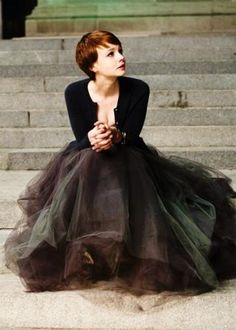 This tulle is gorgeous. no wonder Marcus is madly in love with Carey. Fashion Mode, Womens Fashion, Style Fashion, Ball Skirt, Carey Mulligan, Look Vintage, Look Chic, Looks Style, Mode Style