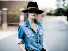 { chambray shirt and wide brim fedora }