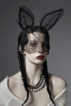 photo by Ira Bordo, model Caitlin Bellah (?)
