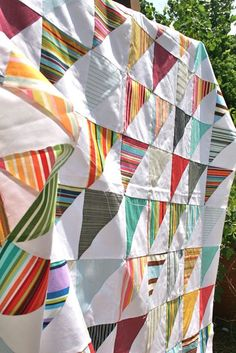 I love this nautical quilt top from Whipstitch. I love stripey fabrics and this is such a great way to use them!
