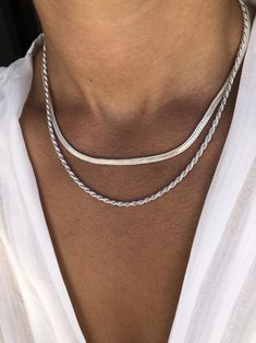 Chunky Silver Necklace, Dainty Necklace, Silver Necklaces, Silver Jewelry, Beaded Bracelets, Women's Necklaces, Layered Necklace, Style Urban, Piercings
